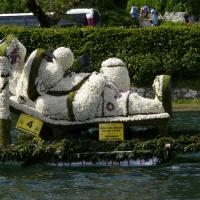 Bootskorso Gartenzwerg auf Urlaub