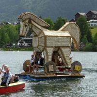Bootskorso Trojanisches Pferd